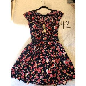 LC belted floral dress, NWT